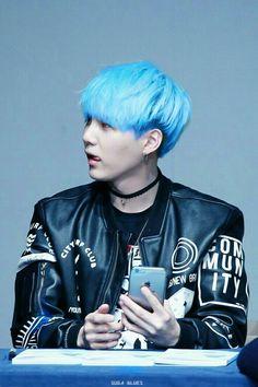 BTS Suga, I want that hair color!!