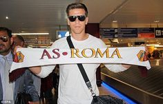 Wojciech Szczesny wants to stay at Roma according to Polish FA president (@ESPNUK) #Arsenal #afc