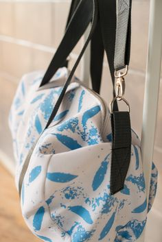 Gager duffle blue print