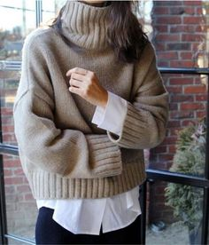 Street Style Outfits, Mode Outfits, Fashion Outfits, Fashion Ideas, Knit Sweater Dress, Sweater Outfits, Chunky Sweater Outfit, Sweater Fashion, Cozy Sweaters