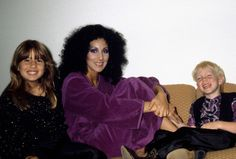 Cher with Chas and Elijah, 1980 Tom Selleck Movies, Chaz Bono, Cher Photos, Liz Smith, All In The Family, Vogue Magazine, American Singers, Classic Hollywood