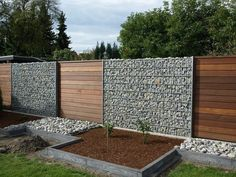 10 All Time Best Tips: Wooden Fence Posts Elegant Front Yard Fence Ideas.Backyard Neighbors Put Up Fence Wooden Fence Kit.Garden Fence Height For Deer. Fence Landscaping, Backyard Fences, Garden Fencing, Backyard Privacy, Fenced In Backyard Ideas, Landscaping Software, Diy Privacy Fence, Privacy Fence Designs, Privacy Walls