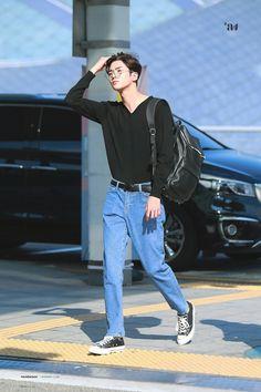 Korean Fashion Men, Korean Street Fashion, Mens Fashion, Airport Fashion, Teenage Boy Fashion, Sf9 Taeyang, Sf 9, Stage, Kpop