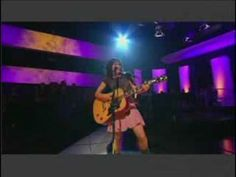"""This is a young KT Tunstall performing """"Black Horse And The Cherry Tree"""" on """"Later With Jools Holland""""."""
