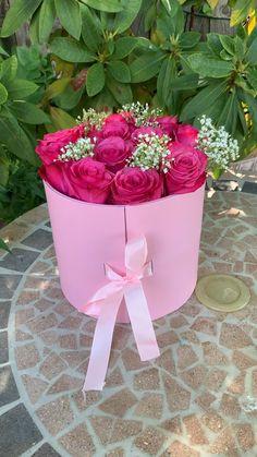 Diy Crafts Hacks, Diy Crafts For Gifts, Diy Birthday Decorations, Balloon Decorations, Birthday Gifts For Boyfriend Diy, Flower Box Gift, Chocolate Bouquet, Diy Gift Box, Diy Bouquet