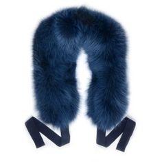 Estola de piel de zorro azul con cintas www.sanci.es