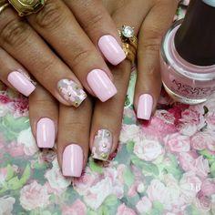 """Cor La Dolce Vita by #morgantaylor #filhaunica #vegas_nay #manicure #inlove #instanails #lucinhabarteli #supervaidosa #manicure #nailsdone #nailsoftheweek…"""