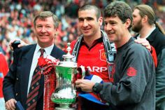 Alex Ferguson, Eric Cantona and Brian Kidd with the 1996 FA Cup trophy