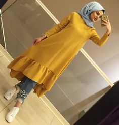 Pinterest: just4girls Islamic Fashion, Muslim Fashion, Modest Fashion, Fashion Outfits, Mode Abaya, Hijab Fashionista, Street Hijab Fashion, Hijab Chic, Hijab Outfit