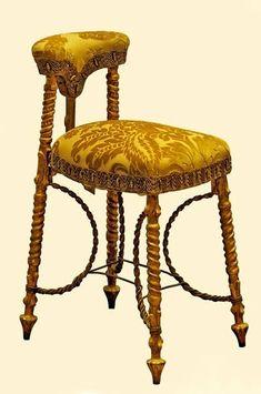 Calvet stool Grand Salon. Gilded wood, iron frame and silk velvet - Gaudi House Museum.