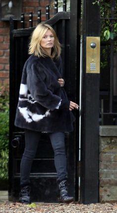 Kate Moss's new haircut. #Visiblechangessalons