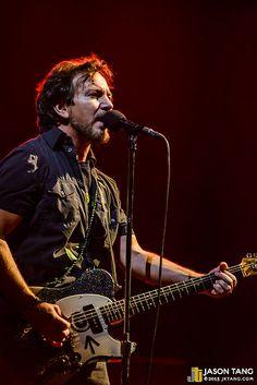 2013.12.06: Pearl Jam @ Key Arena, Seattle, WA