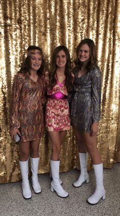 The best college halloween costumes including easy costumes, hot costumes, group costume ideas and more! You will obsess over these halloween costume ideas. Kiss Halloween Costumes, Easy College Halloween Costumes, Easy Costumes, Halloween Outfits, Costume Ideas, Halloween Ideas, Trendy Halloween, Group Halloween, Couple Costumes