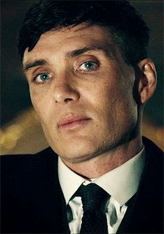Cillian Murphy as Thomas Shelby in Peaky Blinders 🔥 Peaky Blinders Tommy Shelby, Peaky Blinders Thomas, Cillian Murphy Peaky Blinders, Peaky Blinders Wallpaper, Peaky Blinders Series, Red Right Hand, Don Juan, Tom Hardy, Beautiful Boys