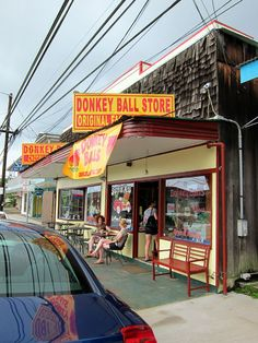 stop at the donkey ball store in kona for the best chocolate covered mac-nuts!