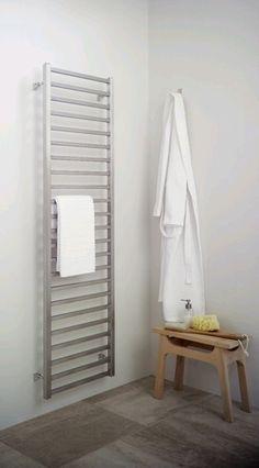 Pragma Zuiver en solide badkamer radiatoren, design radiatoren rvs met stijl. 320 tot 655 WATT