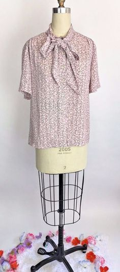 Vintage 80s Pink Pastel Kawaii Big Bow Tie Pussycat Bow Blouse Secretary Top 12 #Shapely #Blouse #daytonight