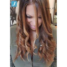 Your Shades_Degradé Joelle #degrade #degradejoelle #glamour #fashion #hairfashion #hairbrush #hairstyle #hairstylist #hairbrush #hair #madeinitaly #musthave #ootd #naturalshades #coolhair #longhair #lovehair #igersgrosseto #grosseto