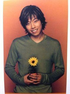 Park Hyo Shin Beautiful Men, Singer, Park, Celebrities, Artist, Flowers, Amor, Korean Actors, Men