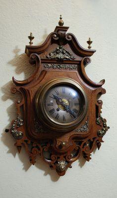 Silver Wall Clock, Antique Wall Clocks, Wooden Clock, Vintage Clocks, Unusual Clocks, Cool Clocks, Online Clock, Classic Clocks, Mantel Clocks