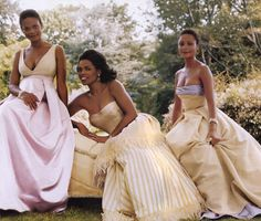 Kimberly Elise, Oprah Winfrey and Thandie Newton for VOGUE 1998, photographed by Steven Meisel  .