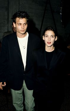 Johnny Depp and Winona Ryder, Johnny Depp Smoking, Johnny Depp Winona Ryder, Young Johnny Depp, Winona Forever, Perfect Boy, My People, Good Movies, Couple Goals, My Idol
