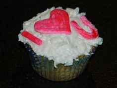 pina colada cupcakes for your sweetie @ www.cupcakeswithconviction.com