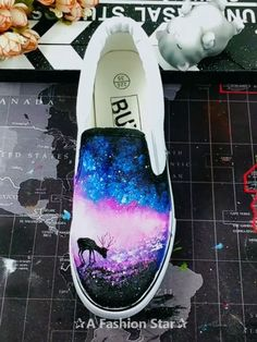 Have you tried Paint Canvas Shoes? Not only can you practice your own painting skills, you can also get a pair of beautiful art shoes - Painting Ideas paint How To Paint Canvas Shoes – 5 Amazing Painting Shoes Ideas Pink High Top Converse, Pink High Tops, Your Paintings, Beautiful Paintings, Shoe Art, Art Shoes, Painted Canvas Shoes, Kids Watercolor, Custom Shoes