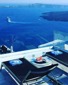 Built in the highest point of #Imerovigli village Kallisto #hotel offers to the guests #incredible views of the #Caldera and the endless #blue of the #Aegean #sea. www.bookingsantorini.com  #santorini #santorinihotels Santorini Hotels, Santorini Greece, Greek Isles, Beach Picnic, Wallpaper Pictures, Best Sites, Greece Travel, Rooftop, Airplane View