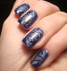 dark blue nail design
