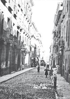 1905. Antes de la Gran Vía. La calle de San Miguel. | Flickr: Intercambio de fotos