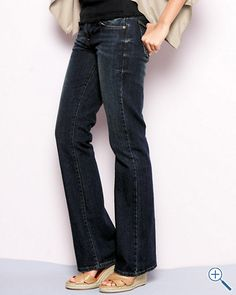 #garnethill and #summerstyle  got to have a great pair of basic, comfy jeans to dress up or down