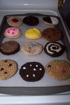 Simple variations allow you to crochet a dozen different type of cookies.