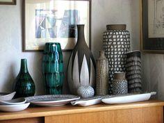 Keramik från Upsala-Ekeby, bl a av Ingrid Atterberg