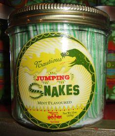 Universal Studios Wizarding World of Harry Potter 2 Jumping Snakes Honeydukes Harry Potter Candy, Harry Potter Food, Halloween Potions, Halloween Labels, Universal Studios, Snakes, World, Candies, Halloween
