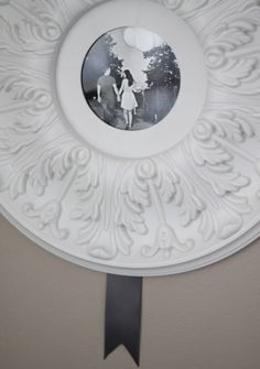 How to make a ceiling medallion into a picture frame