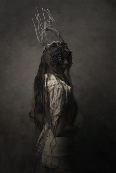WHITE HUNTER / costumes by Agnieszka Osipa on Behance