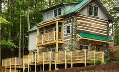 With fall on the way, now is the perfect time to escape to a cabin and these 10 cabin rental spots in Virginia are the perfect place to get started! Cabins In Virginia, Mountain Homes, Fenced In Yard, Cabin Rentals, Campsite, Perfect Place, Deck, Cottage, House Styles