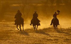 The Old Dusty Trail - Hideout Lodge & Guest Ranch, Wyoming. Dude Ranchers' Association Member