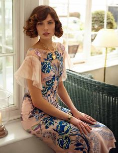 The Winter 2017 Porcelain Sleeved Dress featured in Elegance_nl Boudoir, Social Dresses, Short Sleeve Dresses, Dresses With Sleeves, Temperley, Mori Girl, Fashion Books, Beautiful Gowns, High Fashion