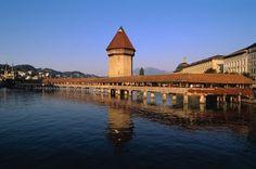 Lucerne Sites Touristiques, Lucerne, Covered Bridges, Future Travel, Switzerland, Adventure Travel, Around The Worlds, Europe, Mansions