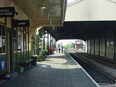 More of Neil Clarke's photos Bo'ness & Kinneil Railway These first few photos were taken round about 2000 Click on a pic to see a larger version The Railway in 2017 ABOUT THE TRAIN…