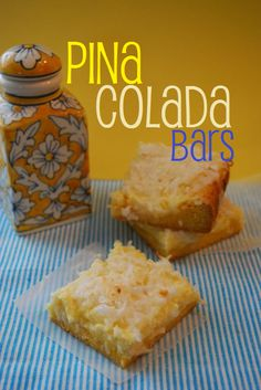 Have to make these piña colada bars for sage no alcohol of course :) Köstliche Desserts, Summer Desserts, Delicious Desserts, Dessert Recipes, Yummy Food, Yummy Treats, Sweet Treats, Smoothie, Sandwiches