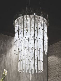 At Luxxu we get inspired by empowering and uncommon chandelier designs to create our own.