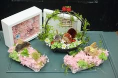 3月の単発1日プリザーブドレッスン、 最初のおふたりはまずはご両親へ贈呈用のお花のリース、  うさぎ付。  リースが仕上がったら、次は ...