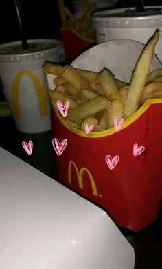 Amor a primera vista♡ Yummy Drinks, Yummy Food, Back To University, Tumblr Food, Snap Food, Food Snapchat, Fast Food Restaurant, Food Goals, Tumblr Photography