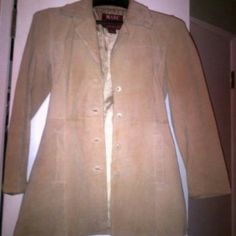 """Flash sale!! Marc Florence Beige Leather Jacket MARC FLORENCE? LEATHER JACKET?  Color :Beige 100% Leather Size: S Measurements Length:?20 1/2"""" Chest: 37 1/2?"""" Sleeve:? 23 1/4"""" Shoulder Span: 14 1/2"""" Fully Lined inside Five button closure Used a few times. No defects. Marc Florence Jackets & Coats"""