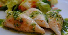 Receta casra de chipirones a la plancha con salsa vede, ajo, perejil, aceite de oliva y vinagre.
