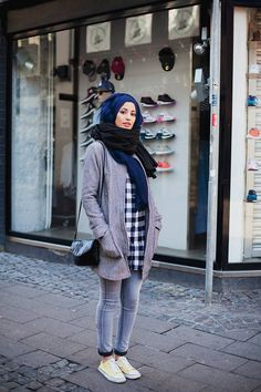 Modest street fashion