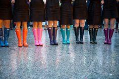 rainy wedding :) Winter Wedding Shoes, Rainy Wedding, On Your Wedding Day, Wedding Boots, Dream Wedding, Winter Bride, Autumn Wedding, Wedding Attire, Boots Hunter